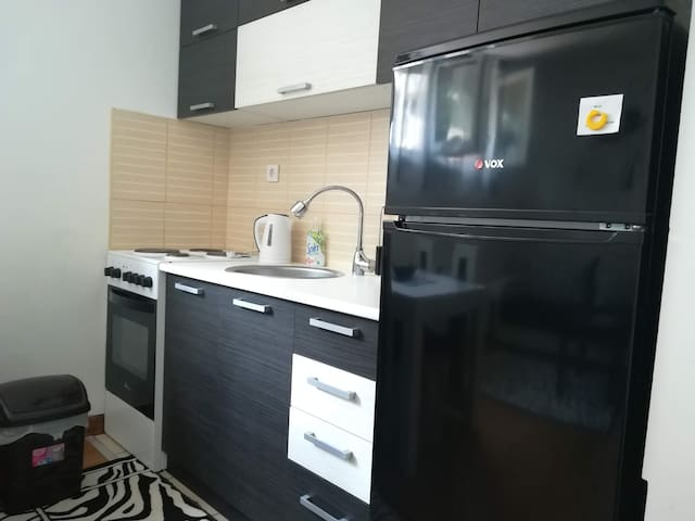Cozy 3 persons apart, fully equiped, wifi, cable
