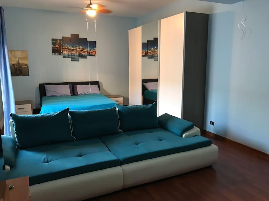 Mega sofà 3mX1,20m