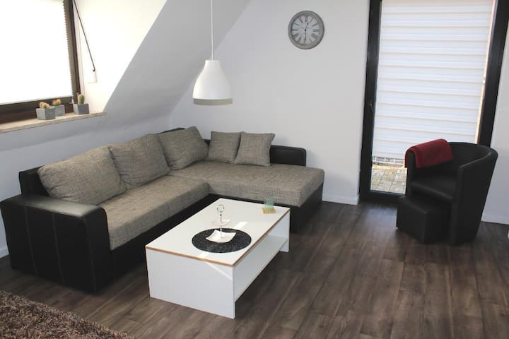 Lovingly and tastefully furnished apartment w/ balcony, ideal starting point for cycling in the area