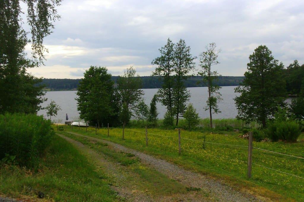 Vägen som leder till badstranden