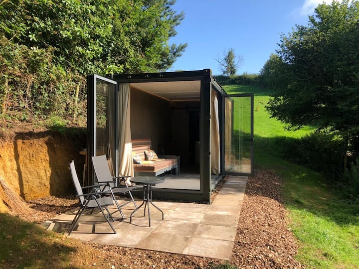 The Spring Luxury Cotswold Slad Valley Quiet Views