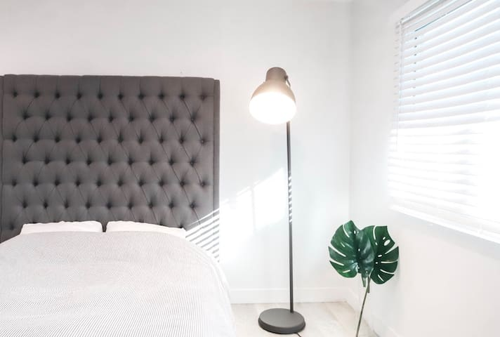Sale I New I Modern I Spacious I Studio I Wifi