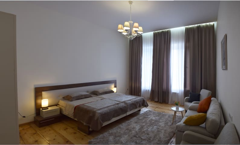 2 Bedroom Apartment in City center