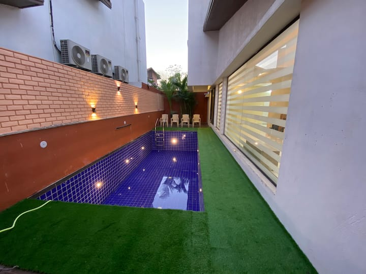 Weekend villa with private swimming pool