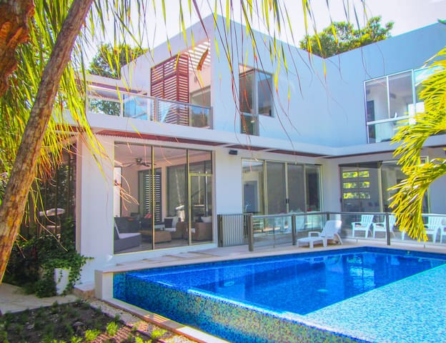 Luxury House at Bahia Principe Beach Resort & Golf - Akumal - Huis