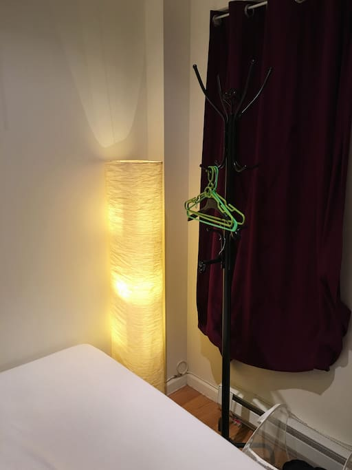 Free night standing lamp and hangers