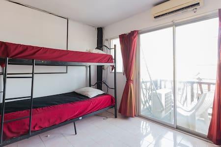 Bed in a 4-6 bed Dorm,Social Hostel - Ko Samui - Dorm