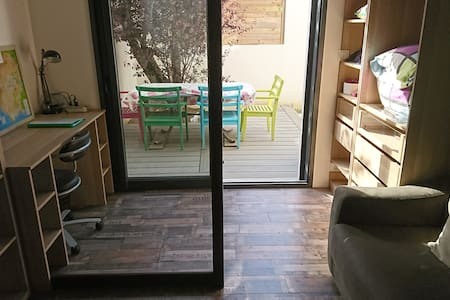 Separate studio near Lorient and beaches