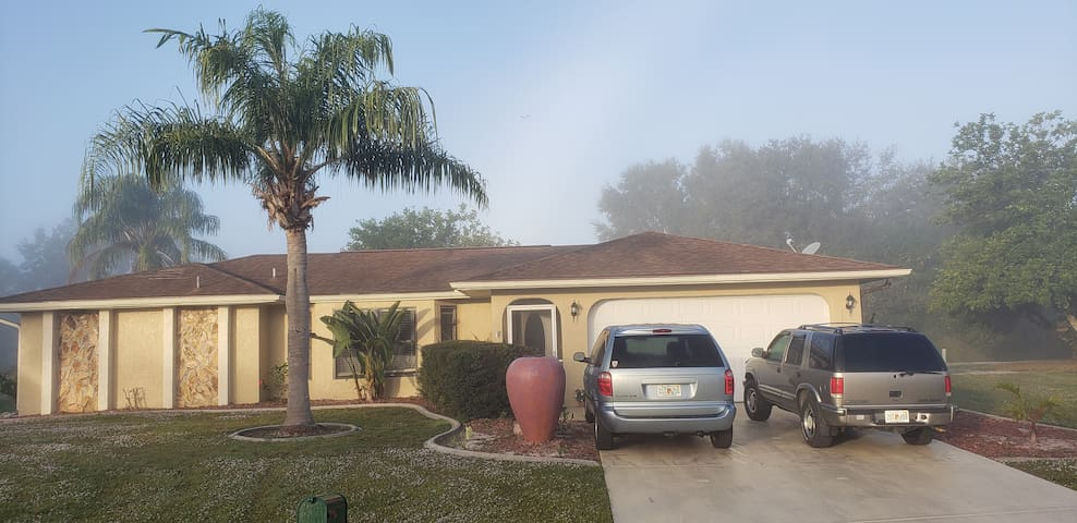 1-3 ROOMS   HOUSE IN SW FLORIDA ($50.00 X ROOM)