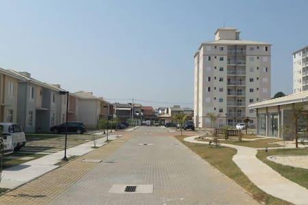 Apartamento Mobiliado em Pindamonhangaba - Pindamonhangaba