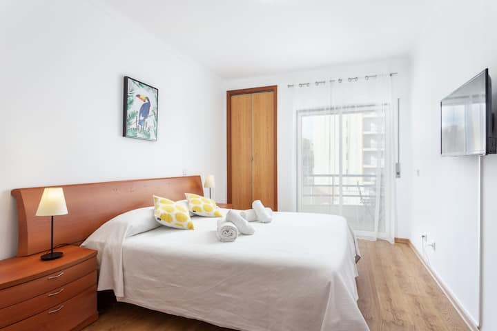 Beckya Room! Best Comfort for your stay in Faro