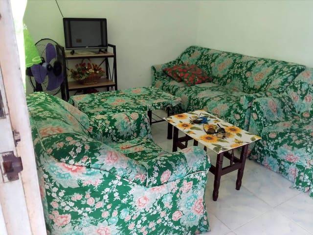 Grateful diva's house