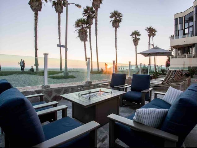 Romantic Venice Beach with Ocean View