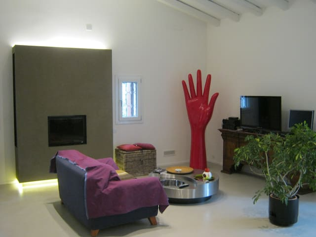 Villa KK - modern private rooms & kayak tours - Padova