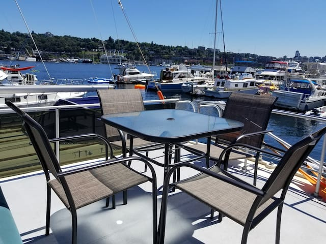 Classic houseboat on the lake in Seattle