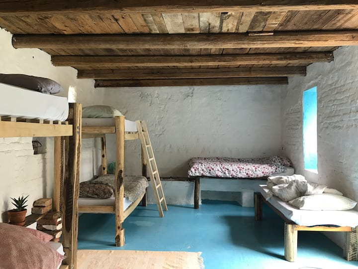 Balkan Retreat - Stable Dorm
