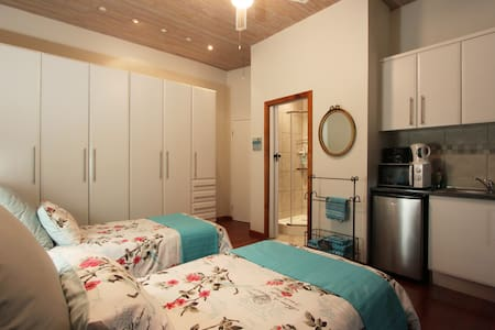 Ocean view suite with kitchenette - Bluff - Casa