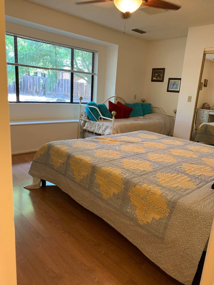 WSedona walking distance to everything!Rm(s)avail