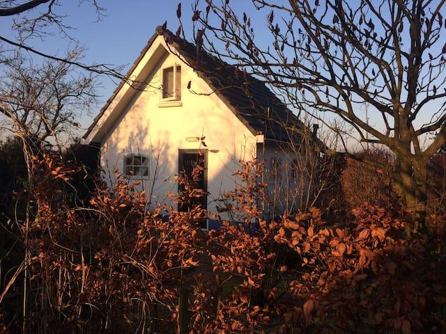 Vrijstaand huisje in de natuur vlakbij Deventer - Olst - Hus