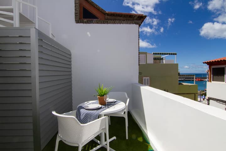 :: NEW :: Loft con terraza y vistas al mar