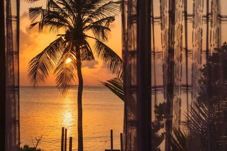 Endheri Sunset Beach/Ocean view Family Suite