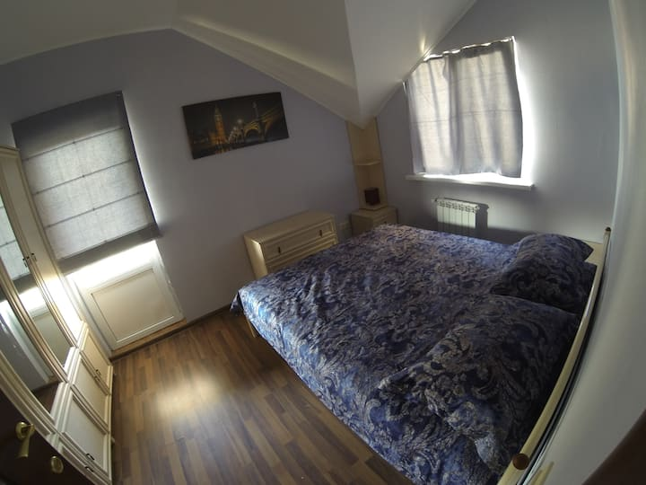 "Room ""London"" in guest house near Boryspil airport"
