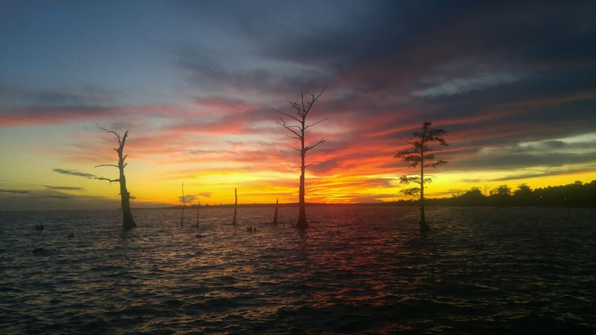 WaterWinds waterfront Albemarle Sound!