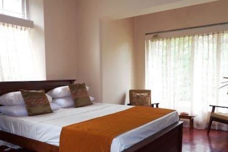 Aaaryaana Garden Villa Ground Floor Triple Room - Weligama