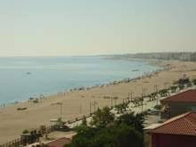 Fittasi, spelndida casa vacanza sul mare.