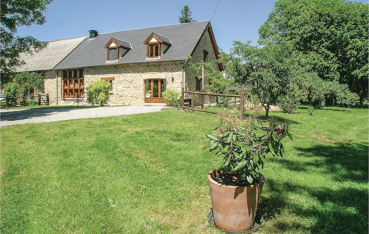 Amazing home in Affieux with WiFi, 4 Bedrooms and Outdoor swimming pool