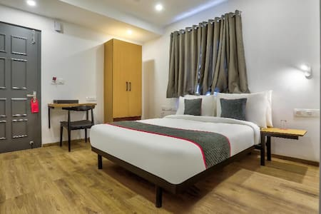 Classic room in OYO Townhouse 156 Maraimalai Nagar