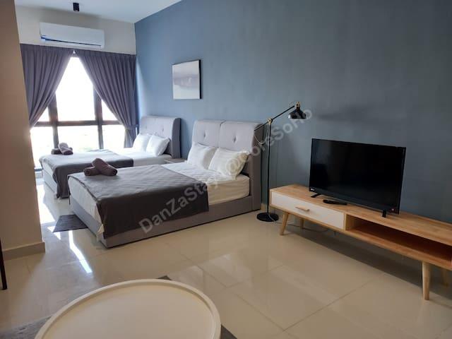 Inside (Bed)