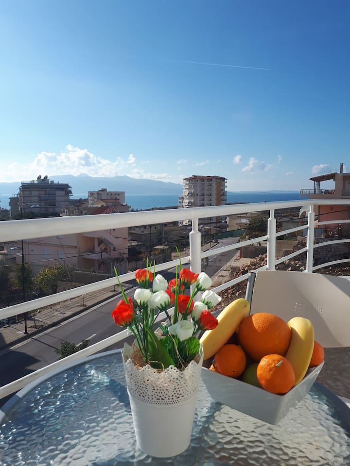 Apartment with Sea View in relax apts saranda 2
