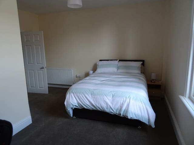 Fully Refurbished & well presented 2Bed appartment - Hartlepool - Apartment