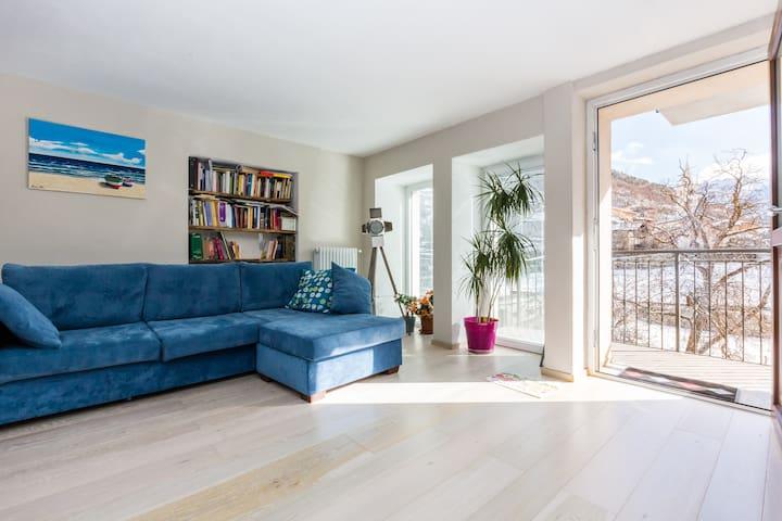 casa luce e relax - La Cretaz-roisan - House