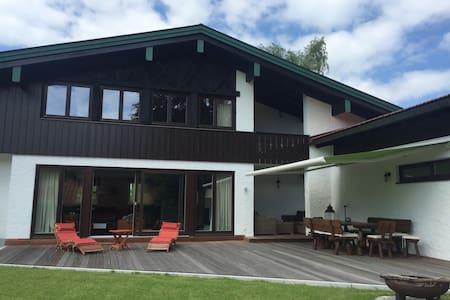 Private Villa Seehof (bis 8 Pers.) - Schliersee