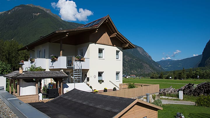 Apartment for 8 people - holiday in Oetztal