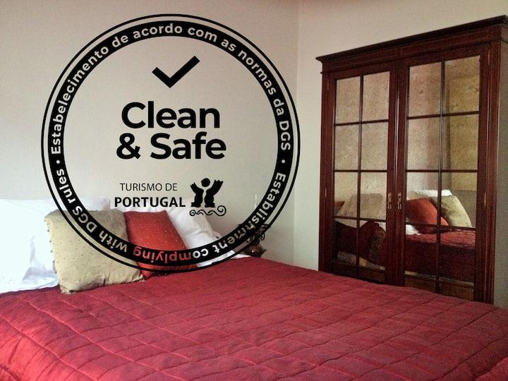 Suite Guesthouse 2km Ericeira - Foz Lizandro beach