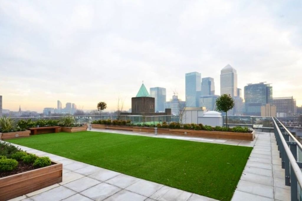 Shared Roof Gardens