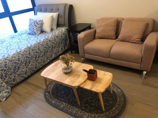 Affordable Condo in Cubao QC w/ pool and gym