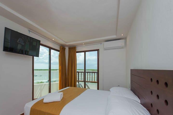 HOTEL RIO LAGARTOS SUITE 6
