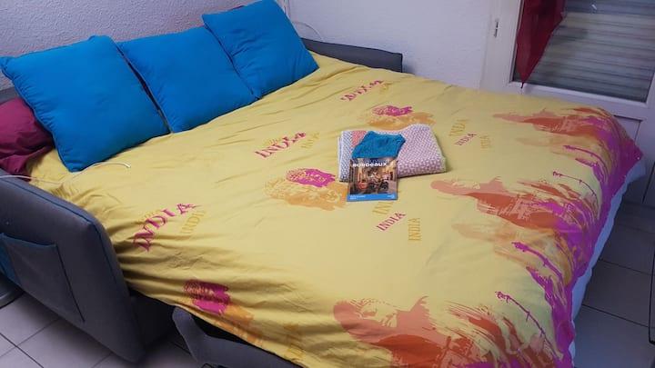 Canapé privé dans appartement Bordeaux saintJean