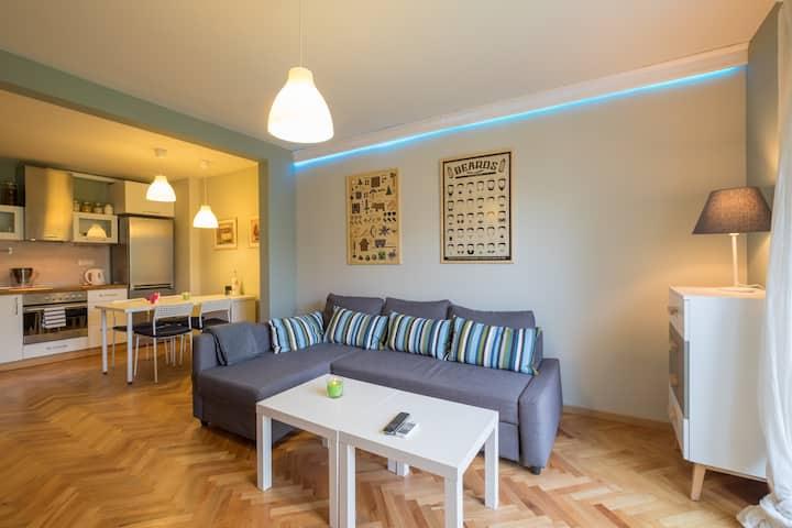 FUNky Designer Apartment Downtown Sofia