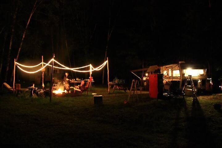 L'Arrière-Pays: Montagne Créative (camping)