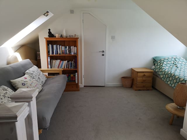 Light, Airy and Spacious Loft Room in Braunton