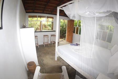Roy's Place Hiriketiya - Dikwella