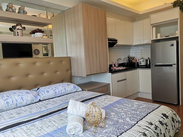 Studio Condo for Rent w/WIFI  @ Avida Towers Davao