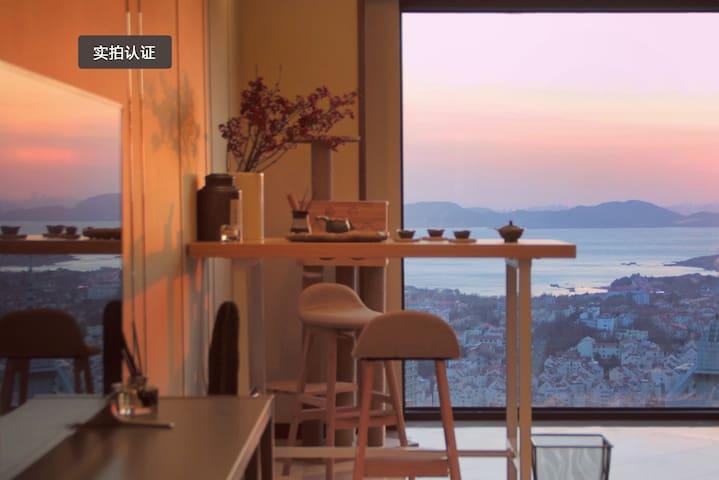 海景+山景房 距五四广场地铁站3分钟 青岛最好的房子
