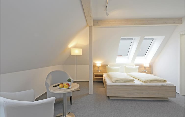 Holiday apartment with 1 room on 30 m² DSH973