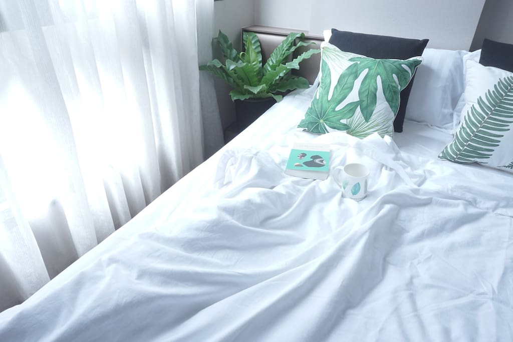 Bedroom feel comforable